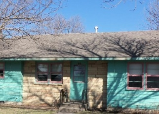 Foreclosed Home in Le Sueur 56058 N 4TH ST - Property ID: 4399257565