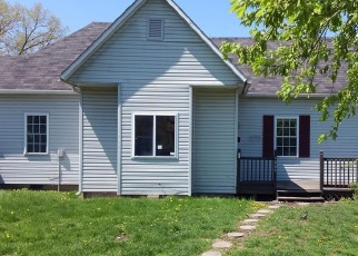 Foreclosed Home in Windsor 61957 ILLINOIS AVE - Property ID: 4399353928
