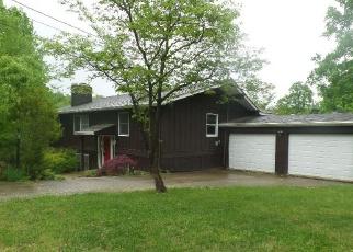 Foreclosed Home in Brandenburg 40108 MALVERN CT - Property ID: 4399355670