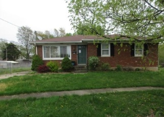 Foreclosed Home in Louisville 40218 CUTLIFF DR - Property ID: 4399365300