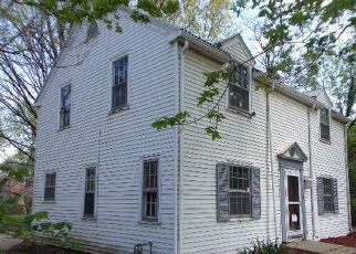 Foreclosed Home in Topeka 66605 SE MARYLAND AVE - Property ID: 4399373176