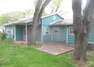 Foreclosed Home in Ottawa 66067 W 10TH ST - Property ID: 4399376242