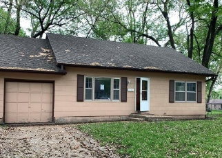 Foreclosed Home in Shawnee 66216 HALSEY ST - Property ID: 4399379764