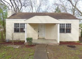 Foreclosed Home in Fairfield 35064 40TH ST - Property ID: 4399382384