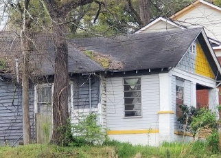 Foreclosed Home in Atlanta 30318 DONALD LEE HOLLOWELL PKWY NW - Property ID: 4399443705