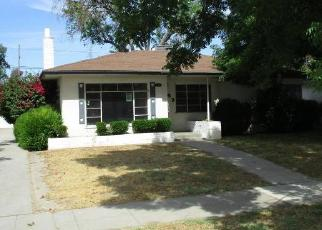 Foreclosed Home in Fresno 93705 N HULBERT AVE - Property ID: 4399509839