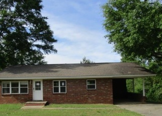 Foreclosed Home in Fort Deposit 36032 EDWARDS DR - Property ID: 4399536104