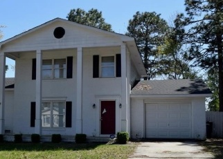 Foreclosed Home in Fayetteville 28314 MAZARRON DR - Property ID: 4399541365