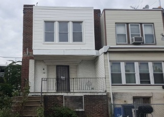 Foreclosed Home in Philadelphia 19142 REEDLAND ST - Property ID: 4399582540