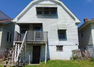 Foreclosed Home in Louisville 40212 CECIL AVE - Property ID: 4399770427