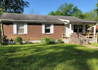 Foreclosed Home in Harrodsburg 40330 ASHLEY DR - Property ID: 4399781824