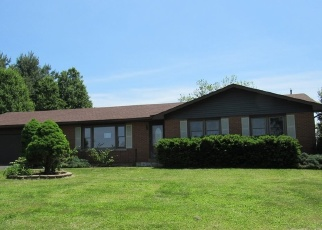 Foreclosed Home in Radcliff 40160 ROBIN RD - Property ID: 4399788383