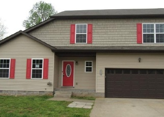 Foreclosed Home in Clarksville 37042 JENNY LN - Property ID: 4399794518