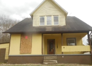 Foreclosed Home in Elkins 26241 1/2 DIAMOND ST - Property ID: 4399846637