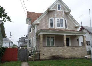 Foreclosed Home in Kenosha 53140 21ST AVE - Property ID: 4399883427