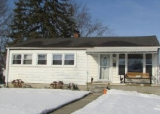 Foreclosed Home in Garden City 48135 ELMWOOD ST - Property ID: 4399887362
