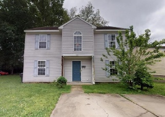 Foreclosed Home in Portsmouth 23704 MARSHALL AVE - Property ID: 4399924146