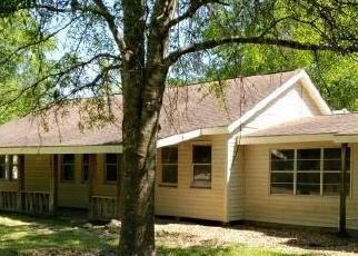 Foreclosed Home in Orange 77632 FM 1442 - Property ID: 4399937743