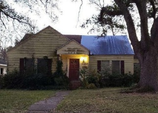 Foreclosed Home in Port Arthur 77642 13TH AVE - Property ID: 4399969260