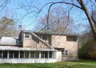 Foreclosed Home in Shirley 11967 SLEEPY HOLLOW DR - Property ID: 4399992482