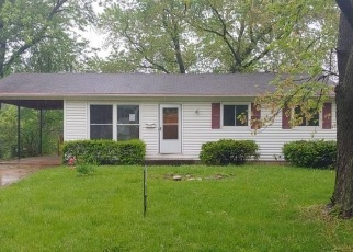 Foreclosed Home in Hazelwood 63042 VILLE CECELIA LN - Property ID: 4400013956