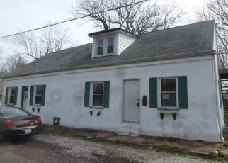 Foreclosed Home in Millstadt 62260 S LAFAYETTE ST - Property ID: 4400014829