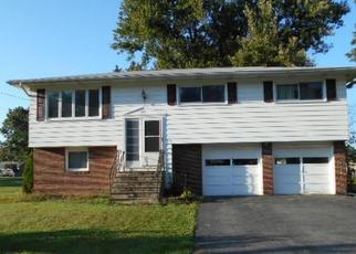 Foreclosed Home in Kirkville 13082 SCHEPPS LN - Property ID: 4400042410
