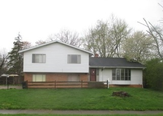 Foreclosed Home in Berea 44017 LONGFELLOW DR - Property ID: 4400048543