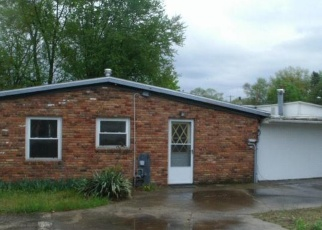 Foreclosed Home in Toledo 43615 RAYNOR DR - Property ID: 4400055552