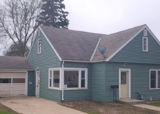 Foreclosed Home in Jackson 56143 LAWRENCE AVE - Property ID: 4400139646