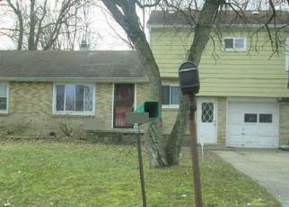 Foreclosed Home in Lansing 48906 SANFORD ST - Property ID: 4400156728
