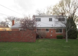 Foreclosed Home in Warren 48088 YVETTE DR - Property ID: 4400177751