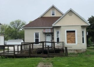 Foreclosed Home in Jacksonville 62650 N CHURCH ST - Property ID: 4400262716