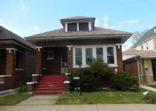 Foreclosed Home in Chicago 60619 E 88TH ST - Property ID: 4400274990
