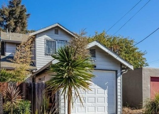 Foreclosed Home in Oakland 94621 E 16TH ST - Property ID: 4400313966