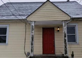 Foreclosed Home in Baltimore 21224 ORIOLE AVE - Property ID: 4400321396