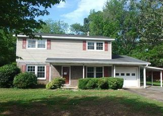 Foreclosed Home in Huntsville 35806 FORREST PARK CT NW - Property ID: 4400339357
