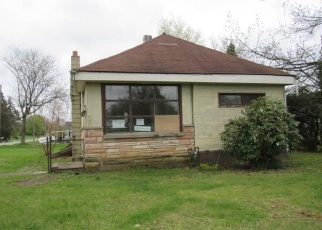 Foreclosed Home in Butler 16001 WHITESTOWN RD - Property ID: 4400387984