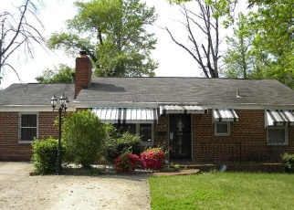 Foreclosed Home in Temple Hills 20748 27TH AVE - Property ID: 4400441401