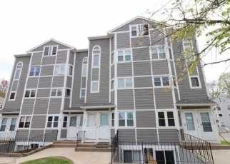Foreclosed Home in Meriden 06450 N COLONY RD - Property ID: 4400454999
