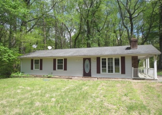 Foreclosed Home in Mechanicsville 20659 COX DR - Property ID: 4400504471