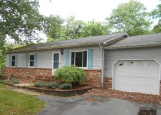 Foreclosed Home in King George 22485 DELAWARE DR - Property ID: 4400505790