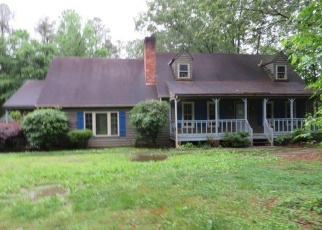 Foreclosed Home in Chesterfield 23832 COURTHOUSE RD - Property ID: 4400509734