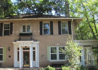 Foreclosed Home in Macon 31204 VINEVILLE AVE - Property ID: 4400552207