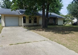 Foreclosed Home in Fayetteville 28304 BERRIEDALE DR - Property ID: 4400580236