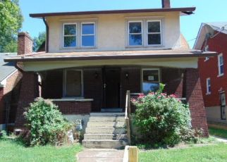 Foreclosed Home in Louisville 40212 S 39TH ST - Property ID: 4400783908