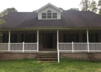 Foreclosed Home in Pikeville 41501 ZEBULON HWY - Property ID: 4400796607