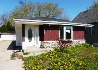 Foreclosed Home in Milwaukee 53220 S 43RD ST - Property ID: 4400832969