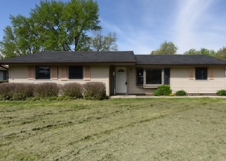Foreclosed Home in Joliet 60431 MERIDIAN DR - Property ID: 4400842591