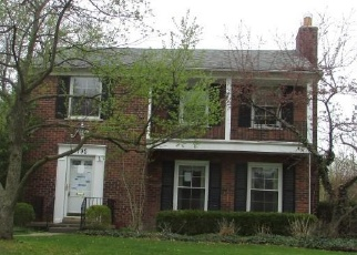 Foreclosed Home in Grosse Pointe 48230 LAKELAND ST - Property ID: 4400849150